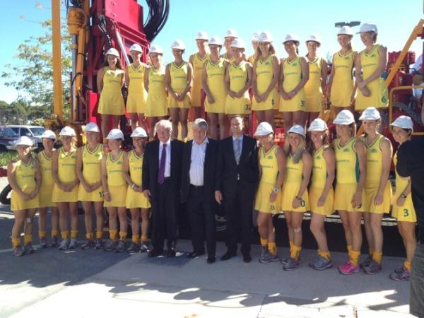 The Hockeyroos get in the Ausdrill spirit