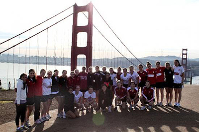 The Canadian junior women's squad in front of the iconic Golden Gate Bridge