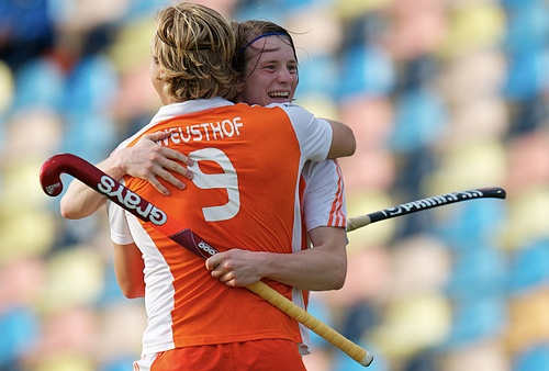 Roderick Weustof is congratulated on his goal by Seve van Ass