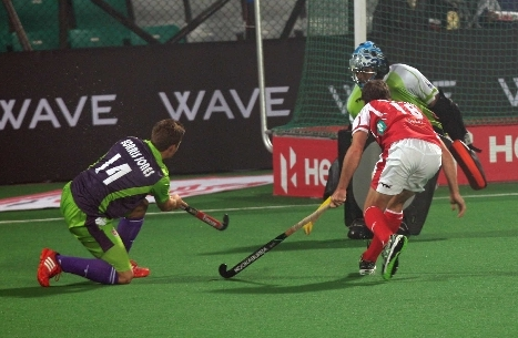 Lloyd Norris-Jones scores for Delhi Waveriders against Mumbai Magicians.