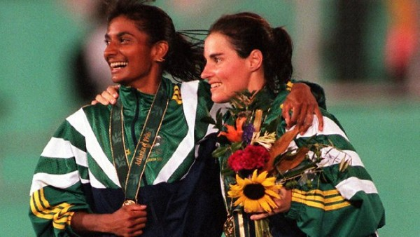 Nova Peris with Rechelle Hawkes at the Atlanta 1996 Olympic hockey medal ceremony.